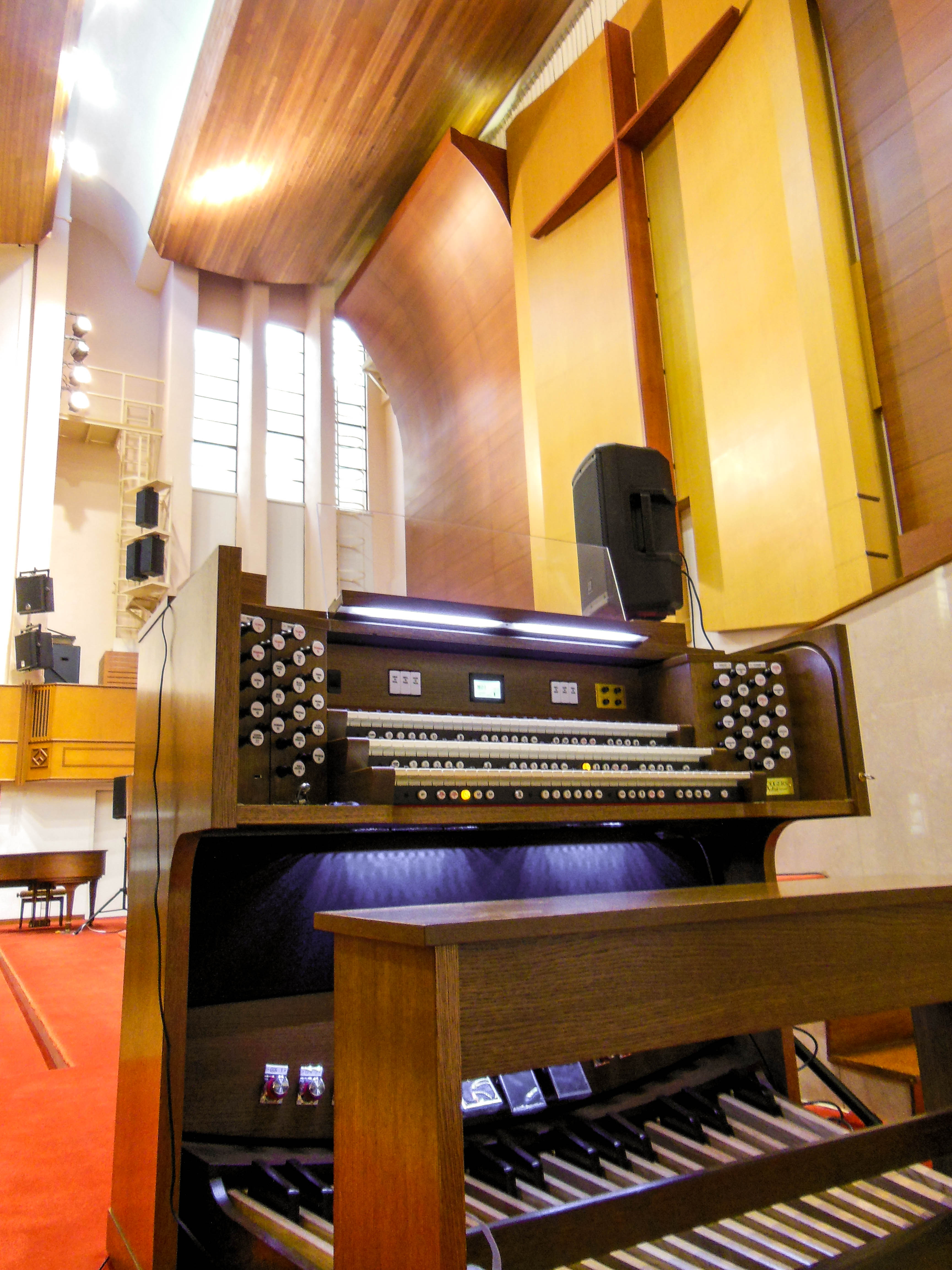 A New Rodgers Artist Series Organ for a Majestic Hong Kong